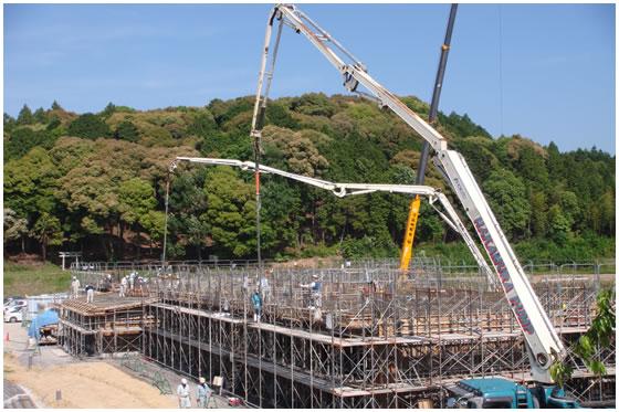 宇仁小学校新校舎建設風景