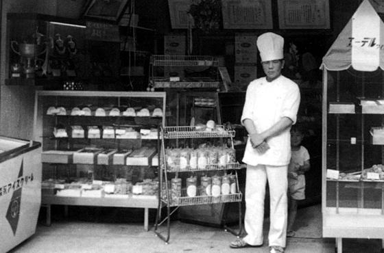 写真:初代エーデルワイスの店舗写真