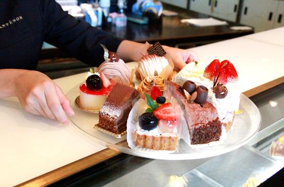 写真:アンテノールのケーキ