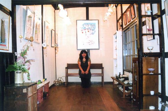 写真:ギャラリー内部の風景