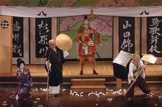 写真:多可町中央公民館 播州歌舞伎クラブの十八番「一ノ谷嫩軍記〜熊谷陣屋の段〜」