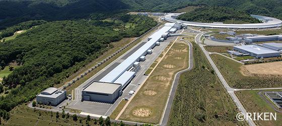 写真:X線自由電子レーザー施設 SACLA