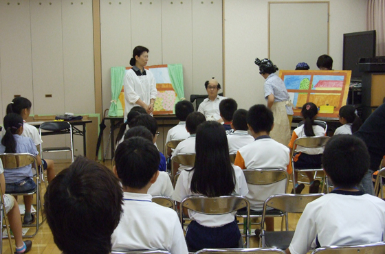 7月12日 ジュニアチームの子どもたちに認知症についての講座を開いた。