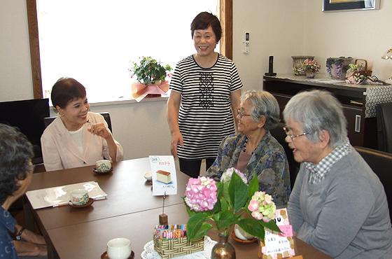 「いぶき庵」では、オープン喫茶、映画会、朗読会などが開催されている。