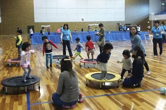 今年10月に行われた兵庫県スポーツ推進委員有志による南三陸町でのボランティア活動。