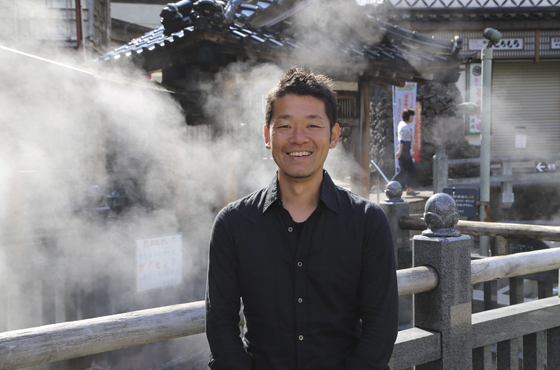 KOJI OKAMOTO DESIGN OFFICE代表・デザイナー 岡本剛二さん(兵庫県新温泉町)