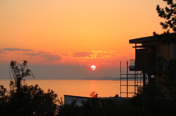 夕陽百選にも選ばれた赤穂御崎の夕景。