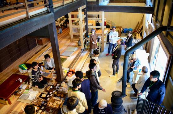 月に1度、衣川會舘で行われる「キヌイチ」には、地元の人をはじめ、学生も集まるイベントになっている。