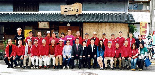レトロヂを企画・運営する三木城下町まちづくり協議会の役員や関係者の皆さん。