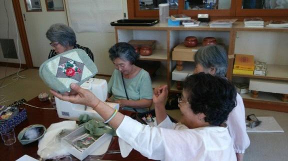 6部門の他、手芸教室も開催。