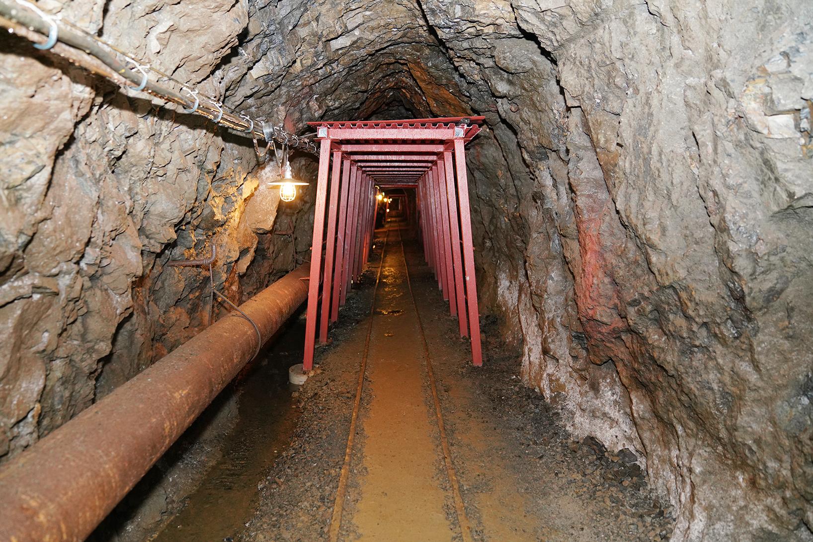 明延鉱山の坑道